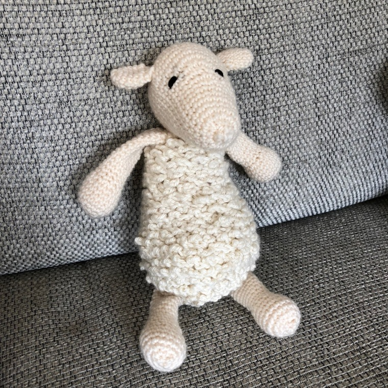 simon-the-sheep